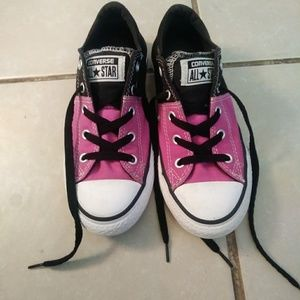 Girls Converse size 1.5y